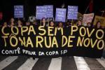 15M: Protesto pacífico contra os impactos da Copa em SP é brutalmentereprimido
